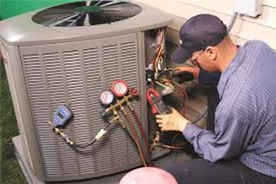 Man fixing AC Unit